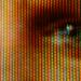 Plano detalle ojo television por  Martin Howard